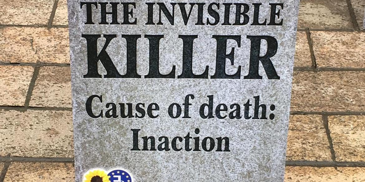 'Air pollution: the invisible killer' tombstone during an air quality rally in Portsmouth