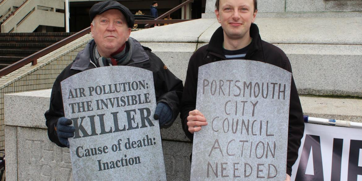 Keith Taylor MEP joins air pollution campaigners in Portsmouth