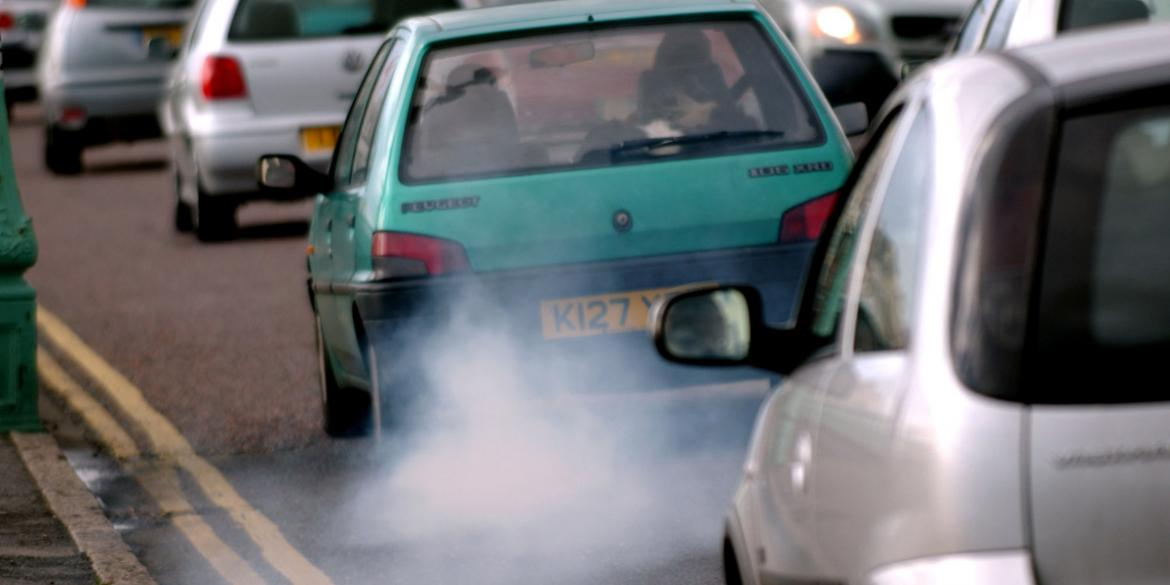 polluting cars on UK roads